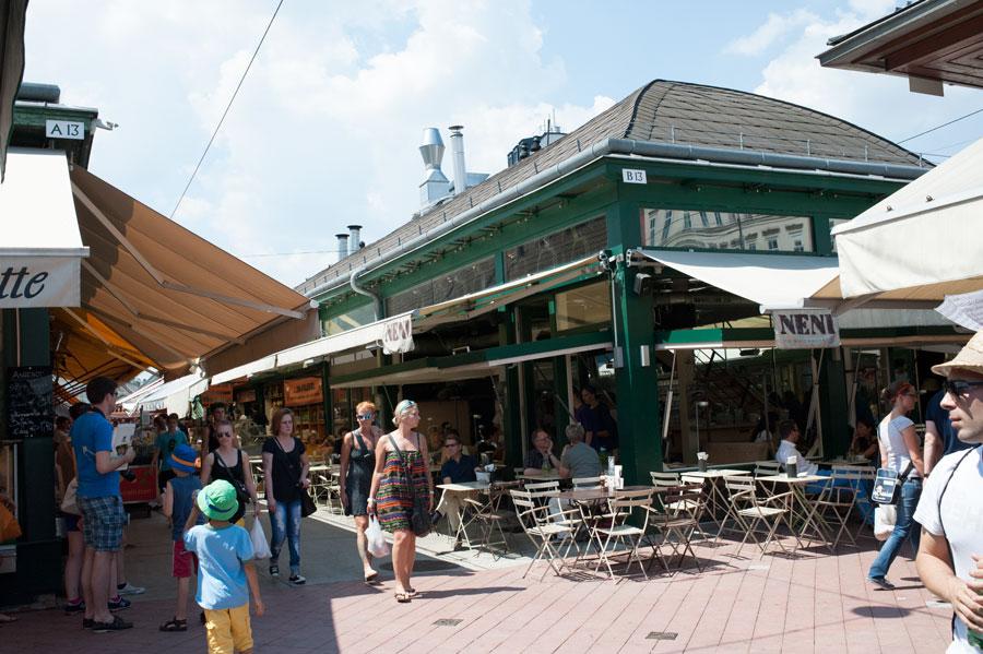 "Mon blog sur Vienne parle du Naschmarkt. Neni ""Otto Wagner"" ""Café Cortez"" ""Linke Wienzeile"" Autriche"