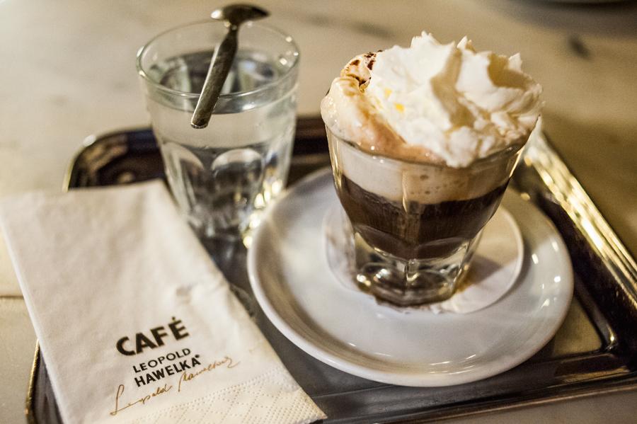 Blog, Entropy, Fiaker, Café Hawelka, Cafés viennois, Kaffeehaus, Kaffeevariationen, Wien