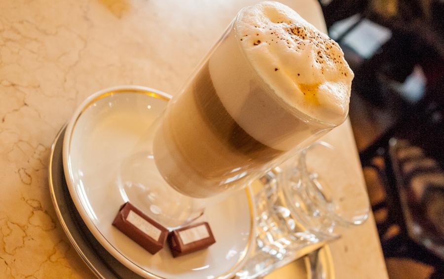 Blog, Entropy, Kaffee verkehrt, Café Museum, Cafés viennois, Kaffeehaus, Kaffeevariationen, Wien